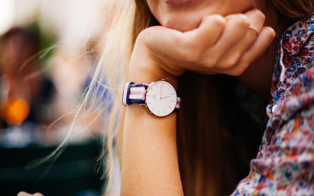 På vilken arm ska man ha sin klocka?